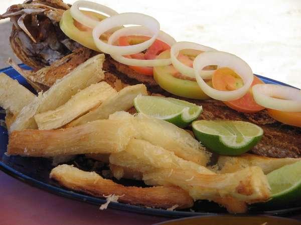 Mandioca Frita Brésil street food